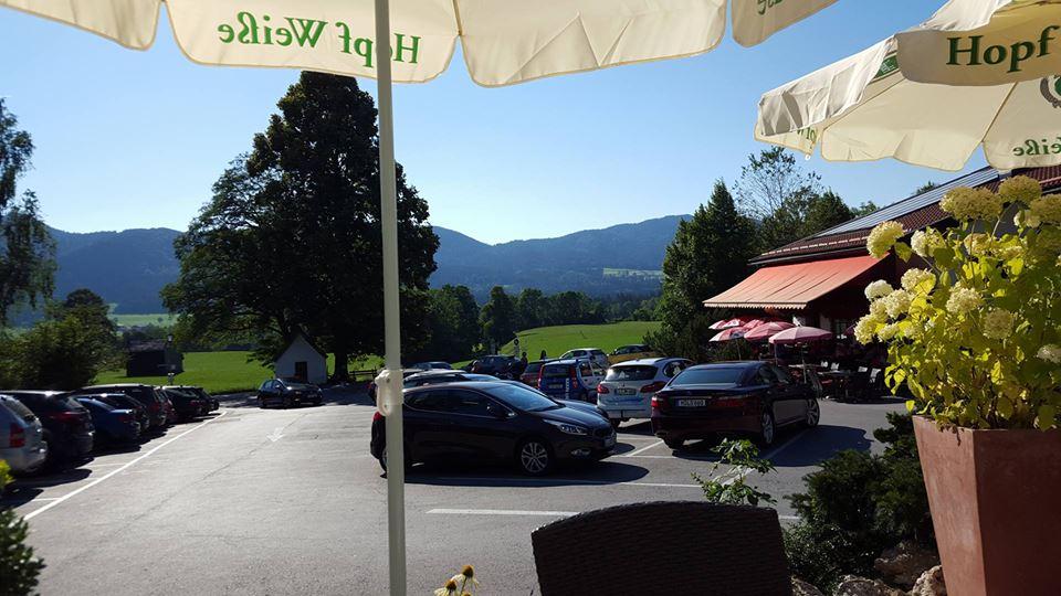 Name:  Winklstüberl Cafe   49923567_7779720959410775377_n.jpg Views: 3165 Size:  94.0 KB