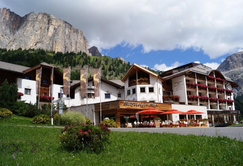 Name:  Sella  Hotel Kolfuschgerhof     10499343_704382849598048_534667051736844303_o.jpg Views: 3239 Size:  155.6 KB