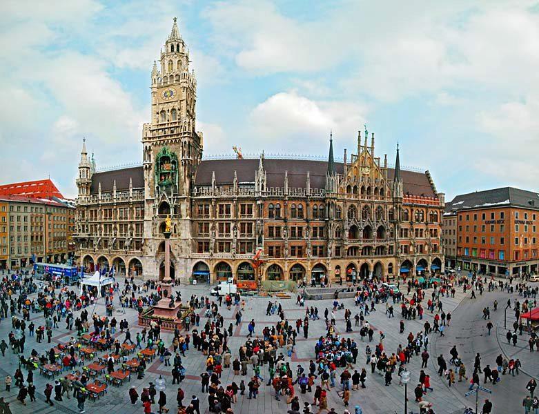 Name:  Marienplatz3279647691965_569965791_n.jpg Views: 2806 Size:  125.8 KB