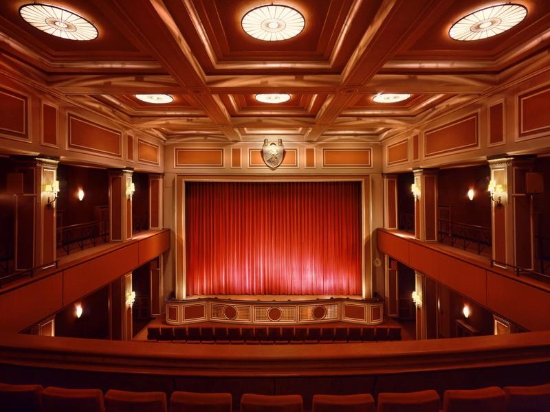 Name:  sendlinger-tor filmtheater-1.jpg Views: 2829 Size:  118.3 KB