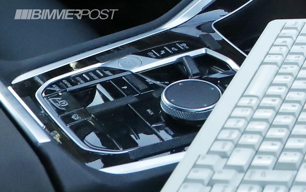 Pavadinimas: 2022 BMW X6 facelift 1.jpg peržiūros: 8679 Dydis: 447,1 KB