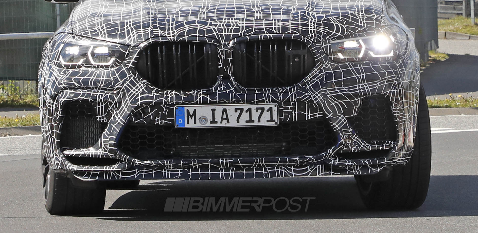 Name:  BMW X6M 3a.jpg Views: 13737 Size:  281.6 KB