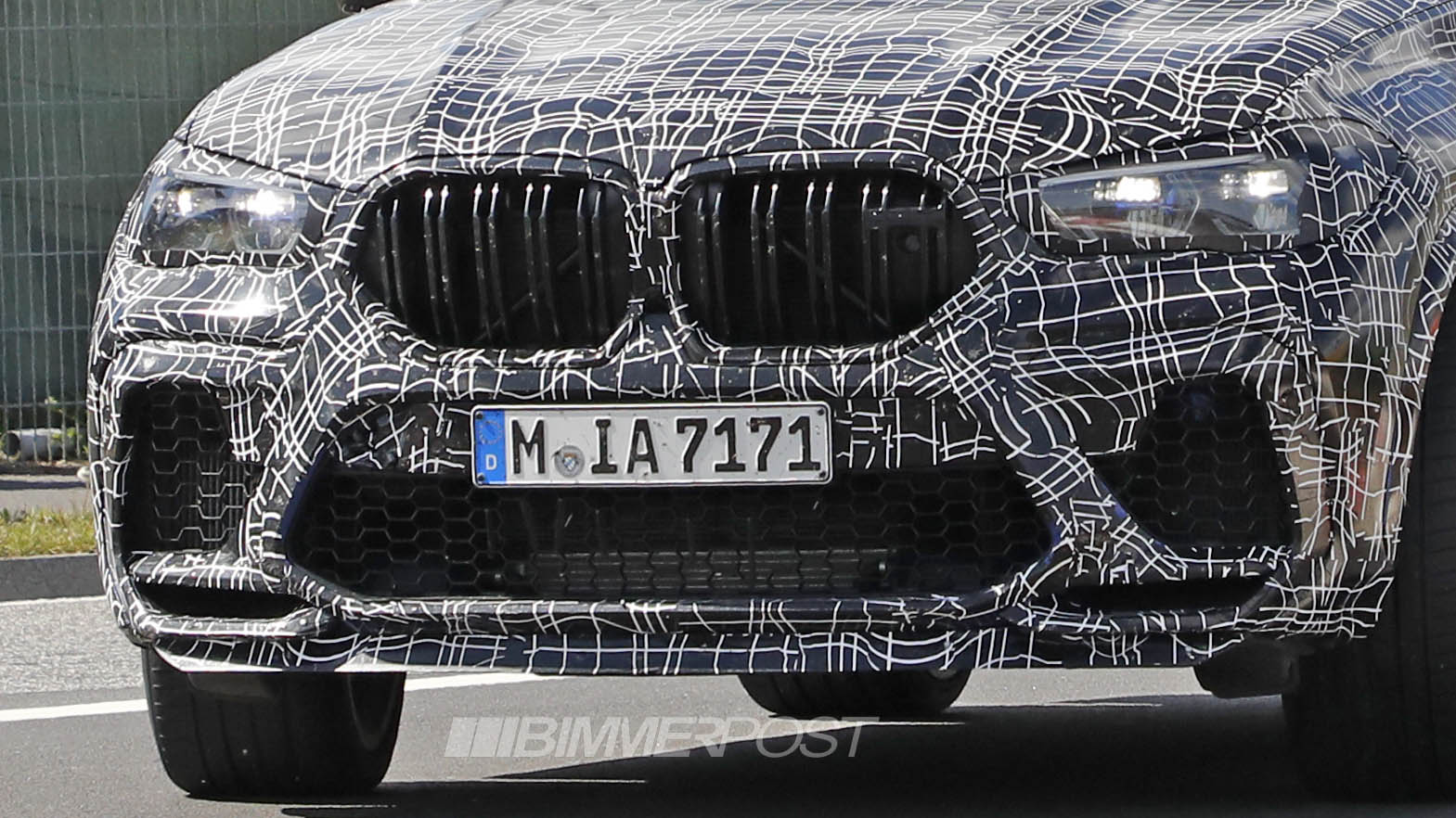 Name:  BMW X6M 1a.jpg Views: 14096 Size:  264.3 KB